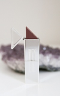 Stiks - lipstick in burgandy