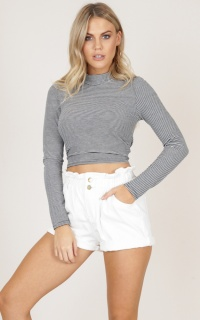 Colibri crop top in black stripe