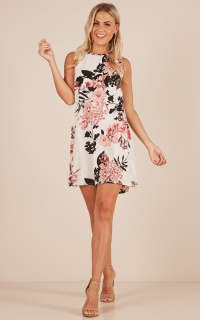 Encore Dress In White Floral