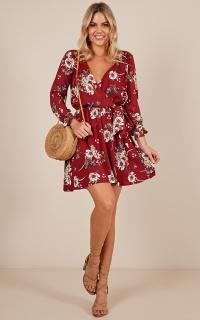 Homebound Dress In Wine Floral