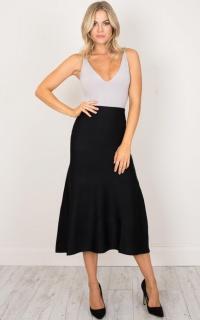 Explain This Midi Knit Skirt in black