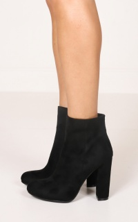 Billini - Lottie in black suede
