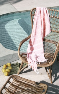 Majorca beach towel in peach