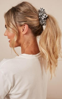On This Side Scrunchie 2 Pack In Pink And Black gingham