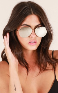 Pull Me Down sunglasses in gold and silver