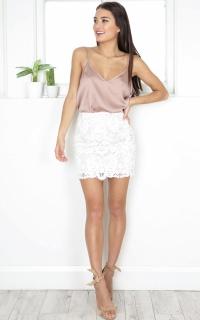 Walk The Walk skirt in white crochet