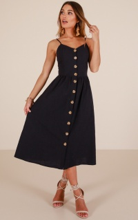 Sunrise Lover dress in navy linen look