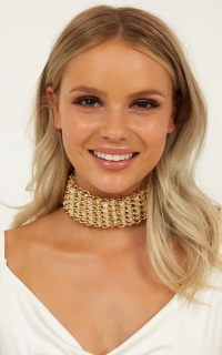 Say No More Necklace In Pearl And Gold