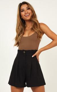 Grace Kelly Shorts In Black Linen Look