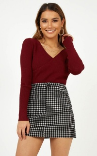Style Rookie Skirt In Black Check