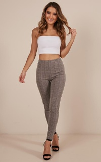 Too Cool For You Jeggings In  Grey Check