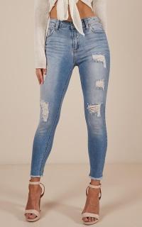 Rebecca Skinny Jeans in mid wash denim