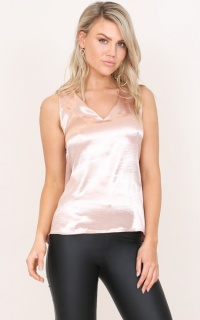 Cant Walk Away top in blush