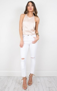 Gigi Skinny Jeans in White Denim