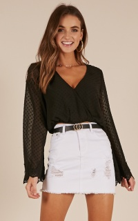 Missing Link top in black