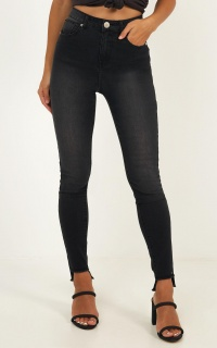 Carla Jeans in charcoal wash denim