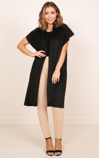 Reservation vest coat in black