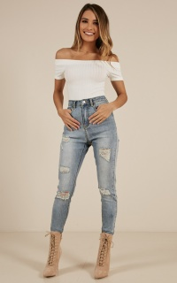 Vicky Ripped Jeans In Blue Wash