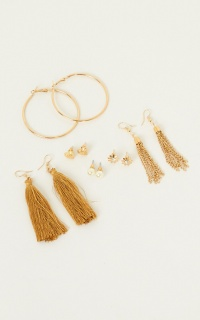 Call You Baby Earring Set In Gold