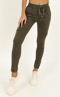 Claire Jeans In Khaki Denim
