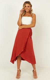 Come Find Me Skirt In Rust Linen Look