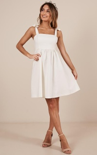Get The Memo Dress in white