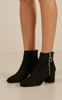 Billini - Keko in black suede