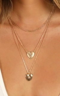 More To Enjoy Necklace In Gold