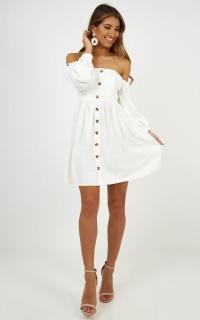 No Comparison Dress In White Linen Look
