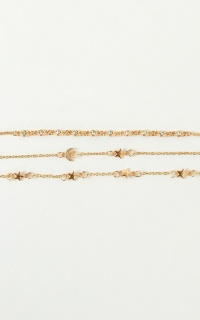 Want You Close Bracelet Set In Gold