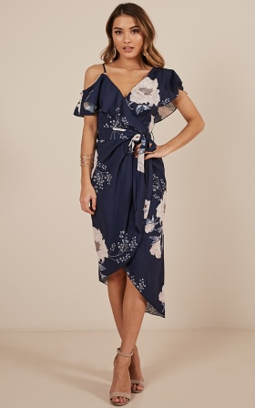 Showdown dress in navy floral
