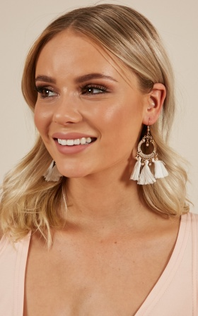 Believe You Can earrings in white