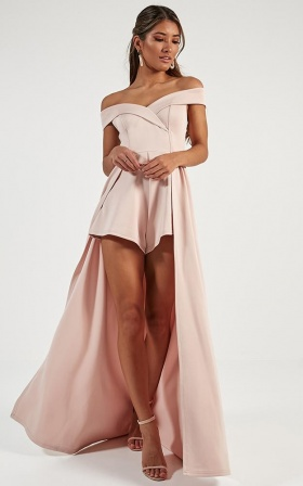 Eyes On Her Maxi Playsuit In Blush