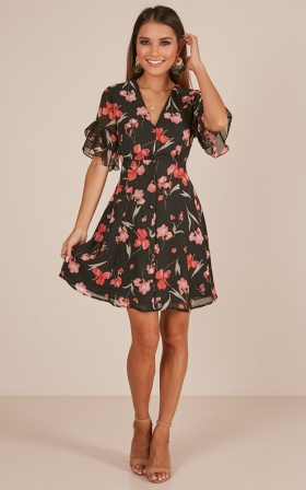 Flair Play dress in black floral