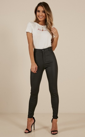 Hayley jeans in black leatherette