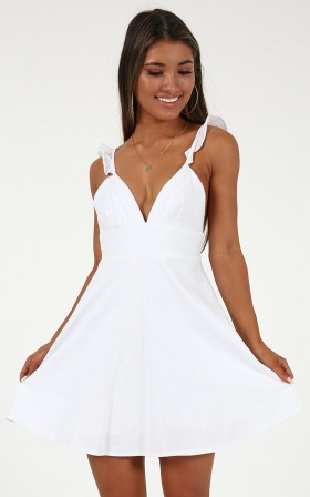 Inside Out Dress In White Linen look