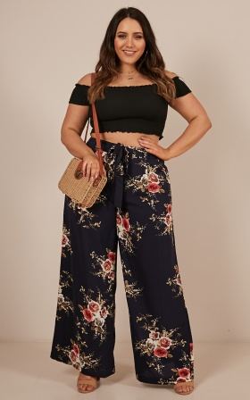 Kiss From A Rose Pants In Navy Floral