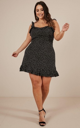 Imagination Galore Dress In Black Spot