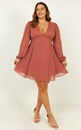 Alert Me dress in dusty rose