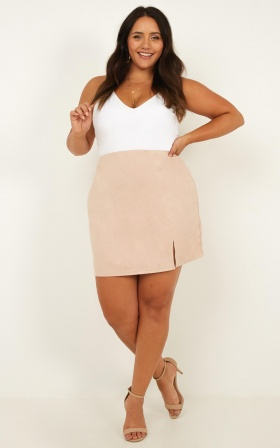 Grand Parade Skirt In Blush suedette