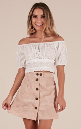 Veranda crop top in white lace