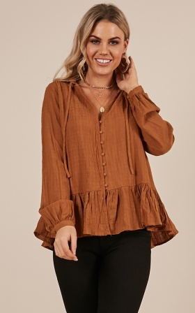 Non Stop top in camel