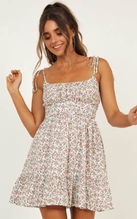 Awaken Me Dress In White Floral