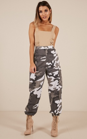 Boom Boom pants in grey camo print