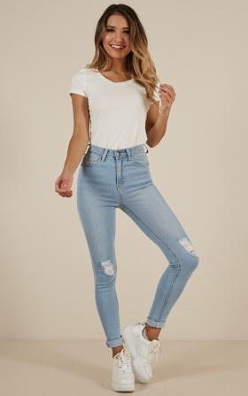 Brooke Skinny Jeans in Light Wash Denim