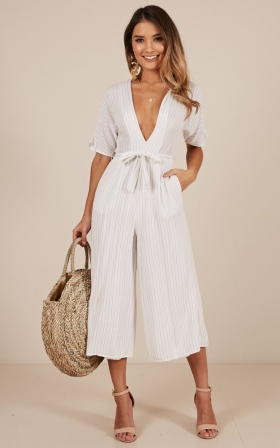 Future Feels Jumpsuit in white stripe Linen Look