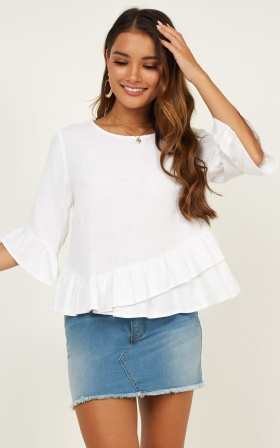 Hello Sunshine Top In White Linen Look