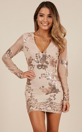 Front And Centre Dress In Gold Sequin