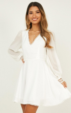 Hollywood Gal Dress In White