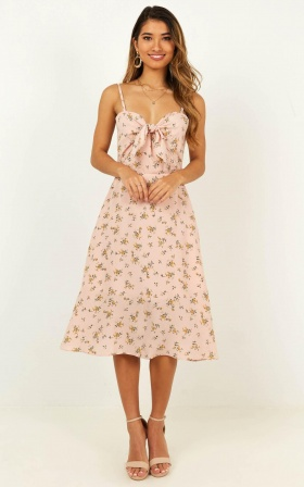Im Grateful Midi Dress In Blush Floral